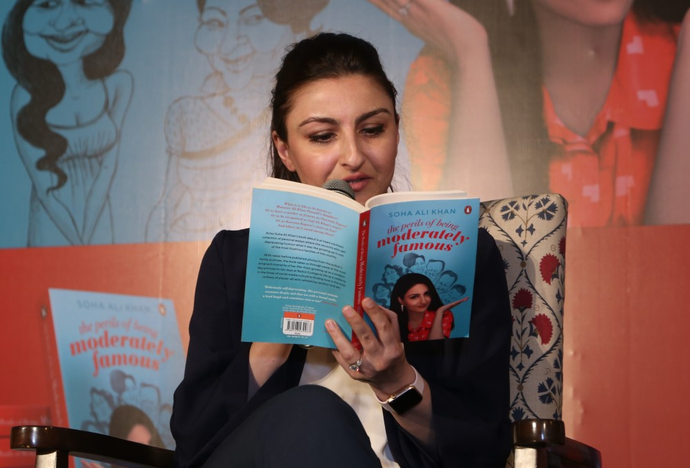 Soha-Ali-Khan-reads-from-her-book-at-the-Delhi-launch-of-her-book-The-Perils-of-Being-Moderately-Famous